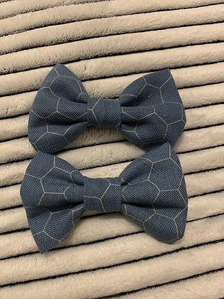 SALE Medium Bow - Blue honeycomb