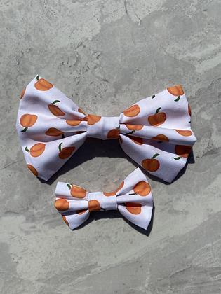 Feelin' Peachy bow tie