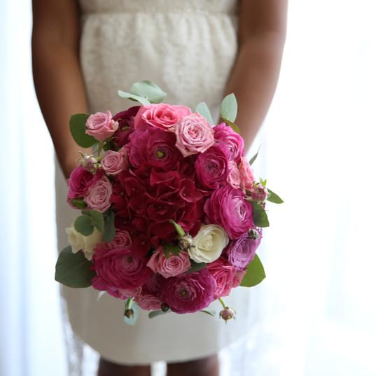 Fleurs-mariage-gard-bouquet-mariee-rose-wedding-bride