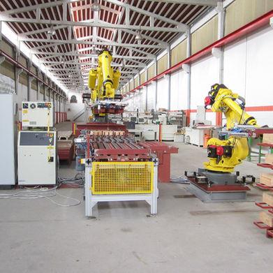 Linea-con-robots-1.jpg
