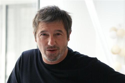 Marc F DURET