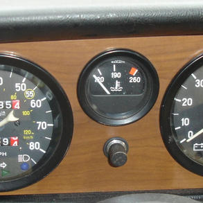 dash gauges  (2).jpg