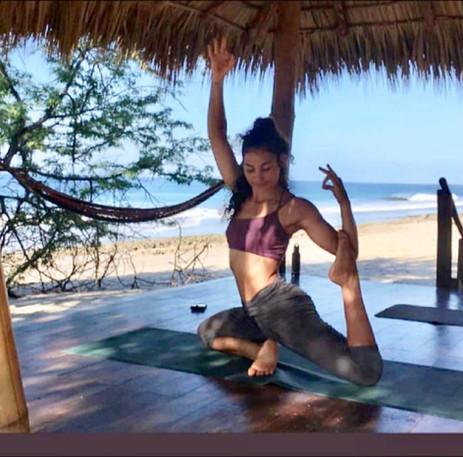Yoga Alma Libre 2.jpg