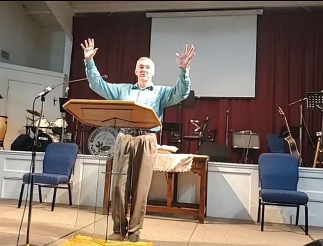 Pastor Mark preachcing - for website.jpg