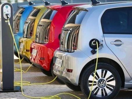 Ηλεκτρικά αυτοκίνητα: Πόσο αντέχουν οι μπαταρίες τους