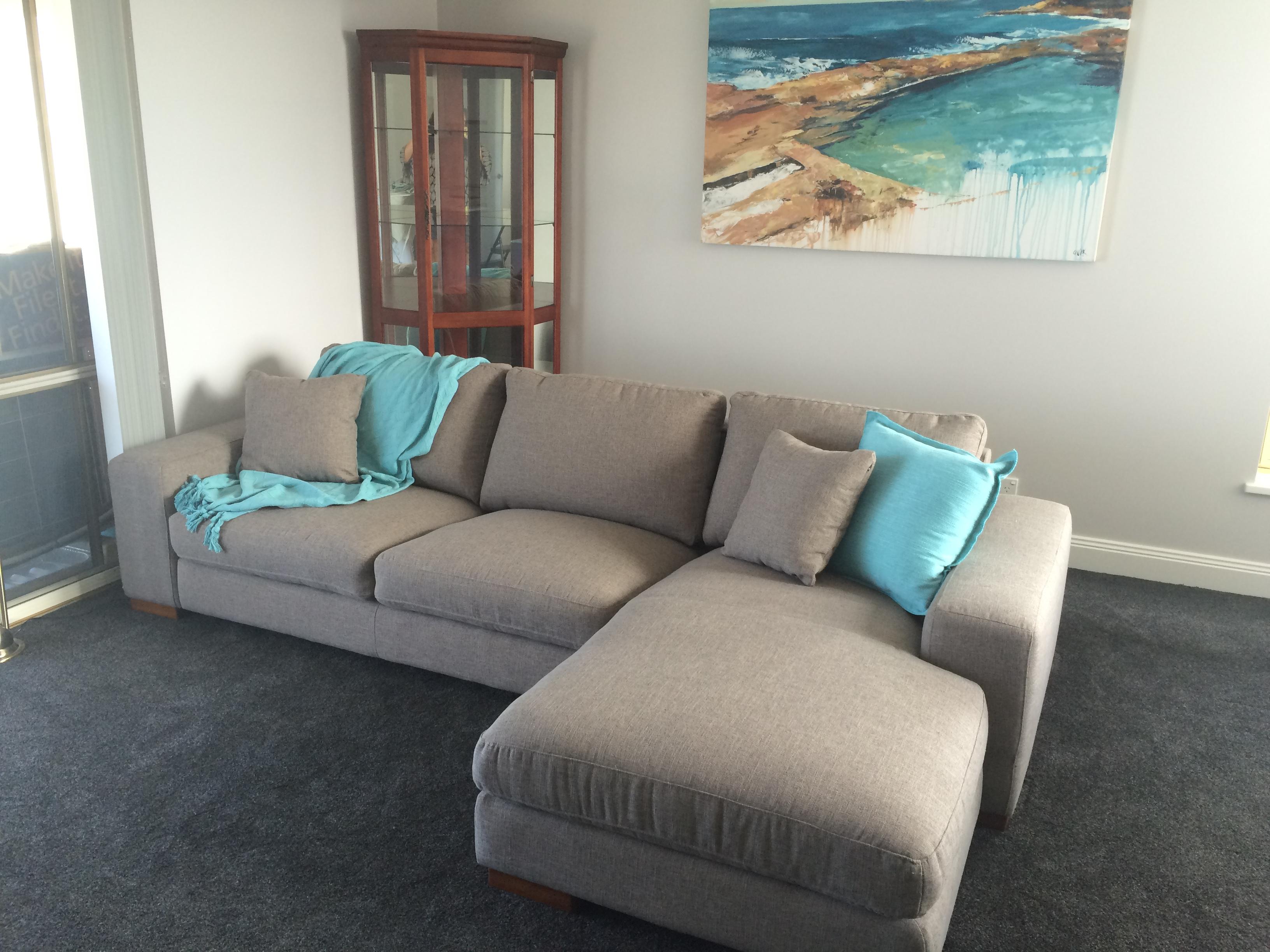 Newcastle Beach Lounge room
