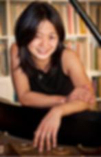 Natsuki Headshot.png