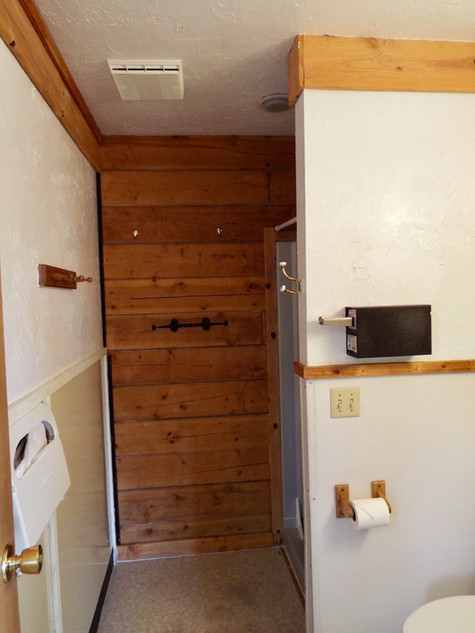 Shower Room, Whiskey Point Cabins & RV P