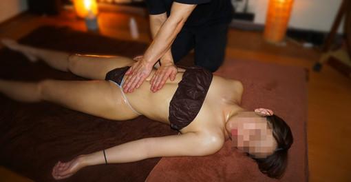 女性用オイルマッサージ 出張エステ オイルリンパエステ 男性セラピスト 癒し便こころ