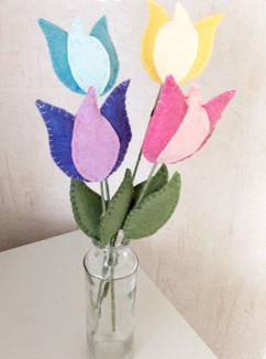 Tulipes en feutrine