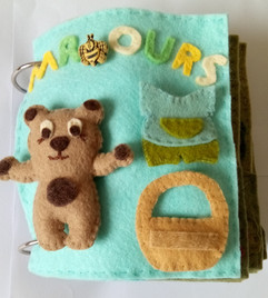 Quiet book Mr Ours