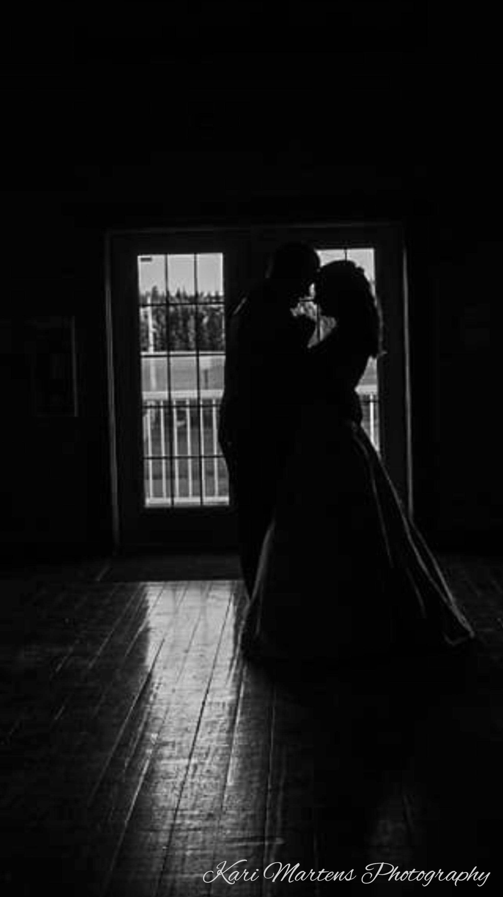 Amanda & Travis/Kari Martens Photography