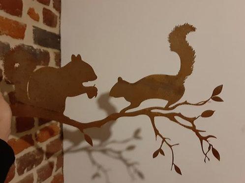 Couple d'écureuils en acier CORTEN 50 x 33 cm
