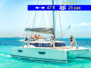 Private Tours VIP Catamaran                     47 ft  /  25 pax