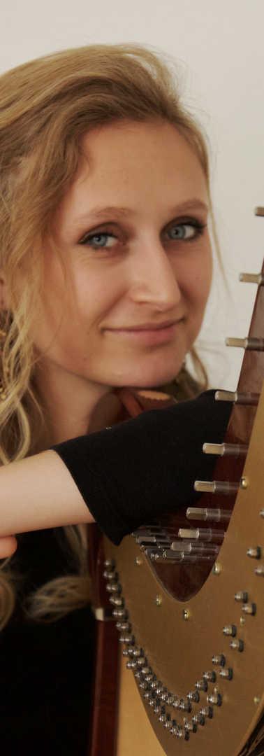 Isabel_Goller_Harpist(67)by_Akvile-Sileikaite.jpg