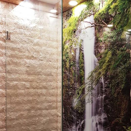 Duschwände aus Glas