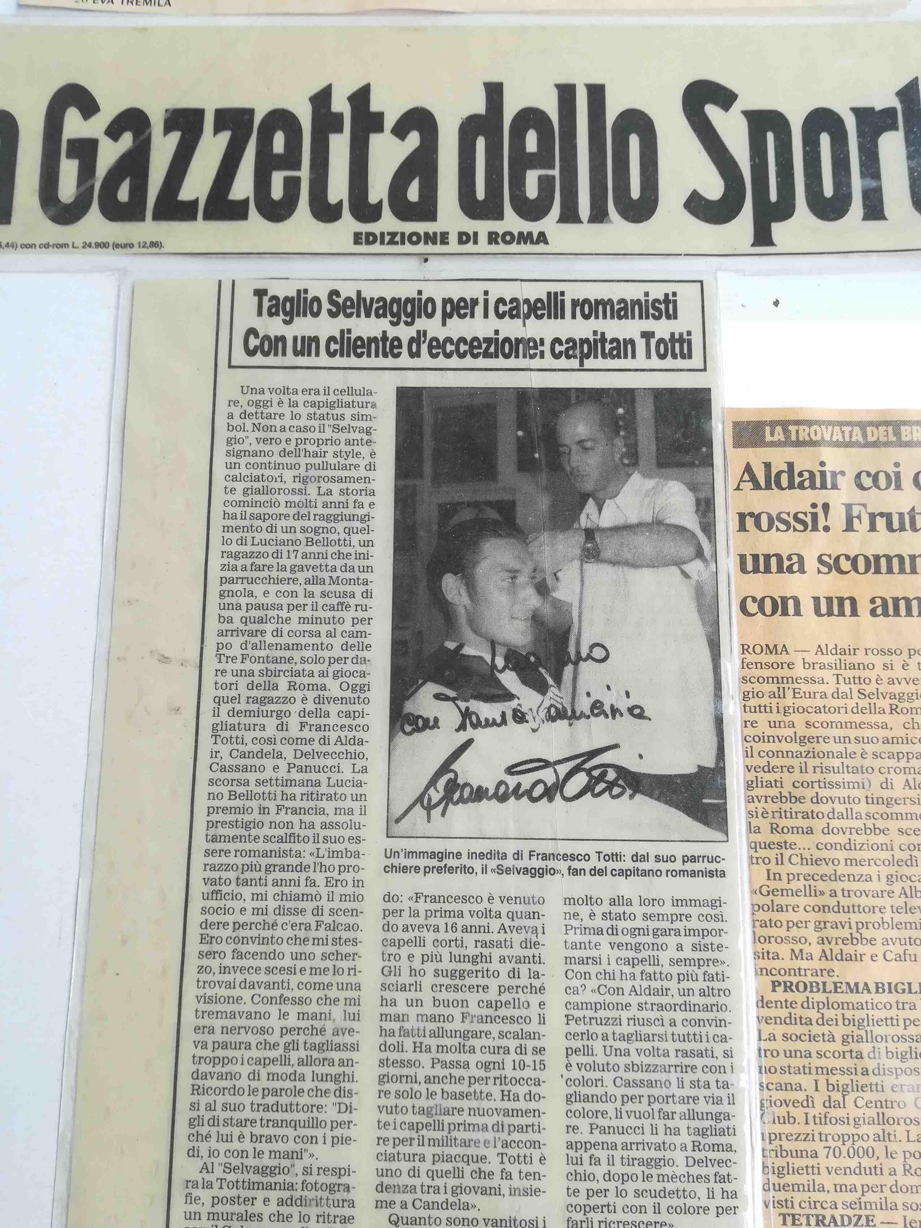 Luciano Bellotti parrucchiere elan roma con Totti