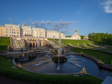 Peterhof fountains on-line - don't miss the show!