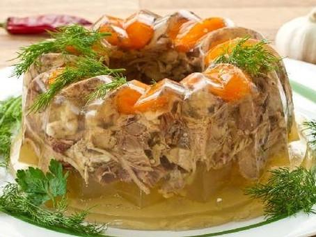 Holodets, zalivnoye, stooden' - another weird Russian dish