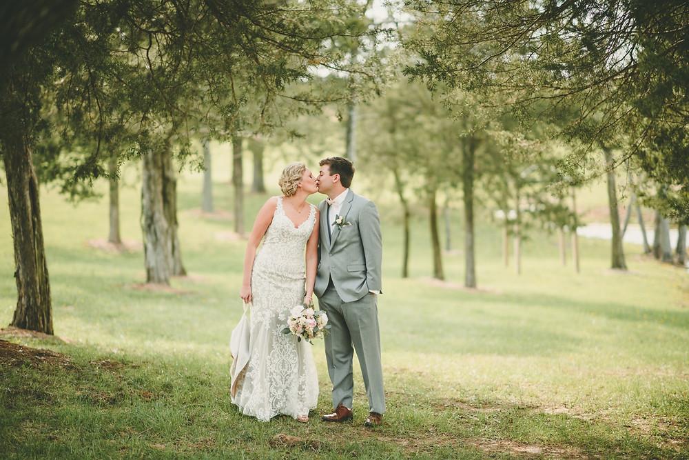 st. louis bride and groom vineyard wedding
