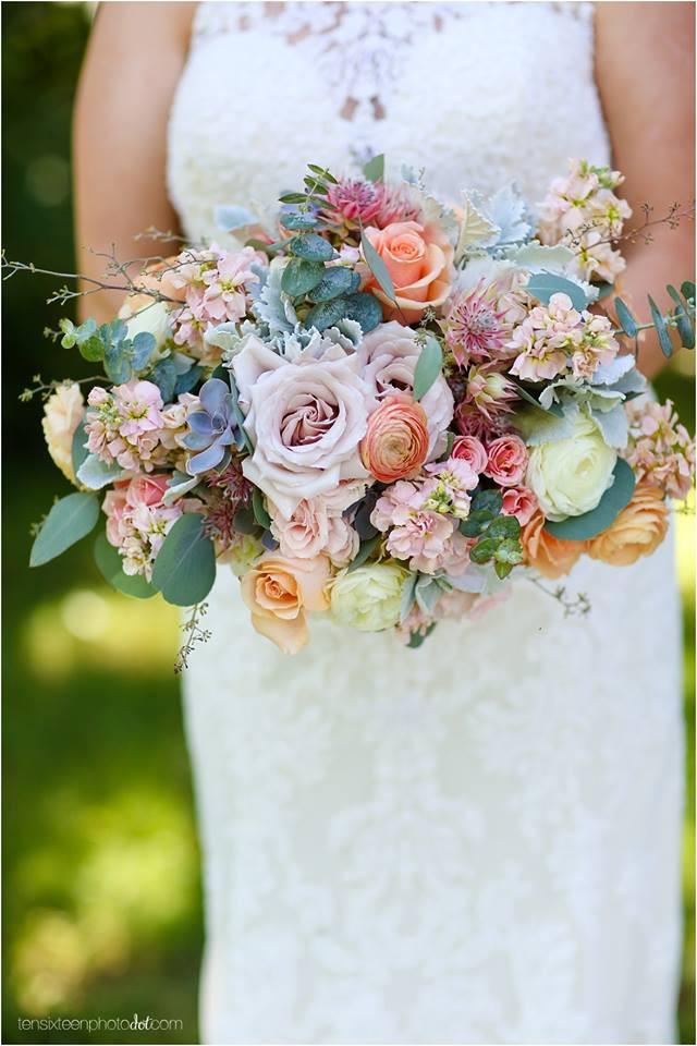 Popular Wedding Colors Bridal Bouquet 2018 St. Louis pastels