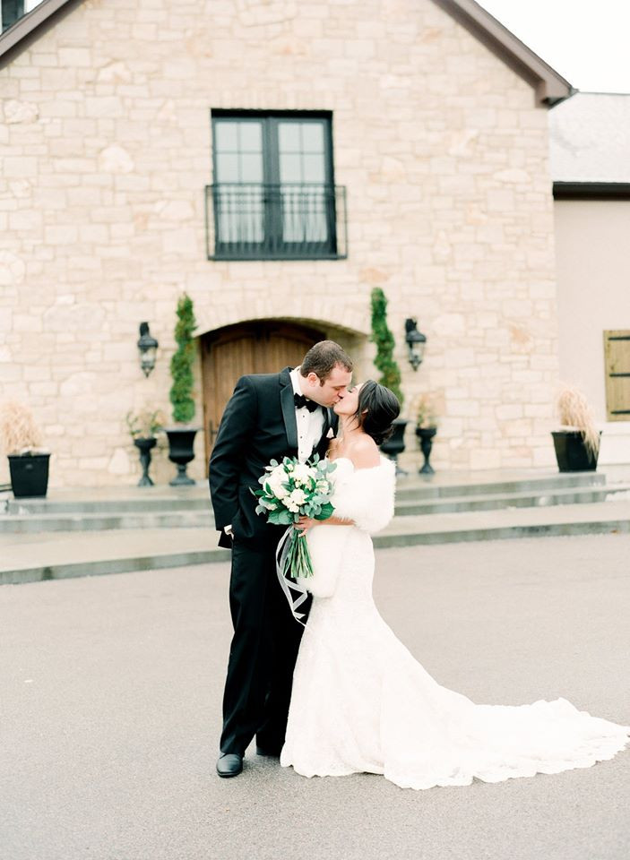 St. Louis bridal gown wedding day