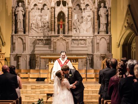 Real Mia Grace Bride: Wedding of Laura and Daniel