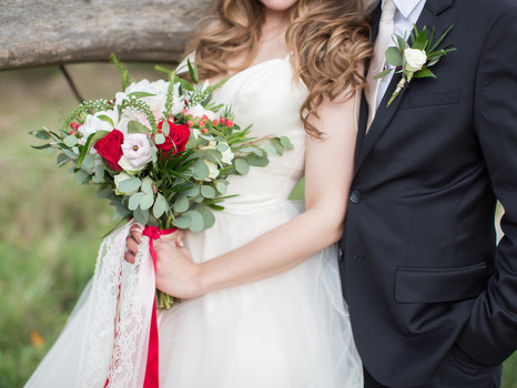 Romantic, Outdoor Wedding Styled Photo Shoot