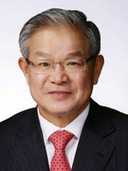 Tae-Shin-Kwon.jpg
