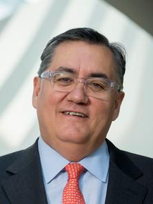 Dr. Tomás Díaz de la Rubia