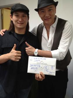 Grady Guan 關喆& Johnny