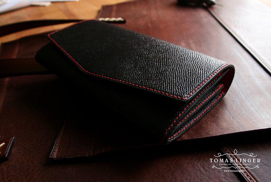 ručně vyrobená peněženka z kůže na zakázku