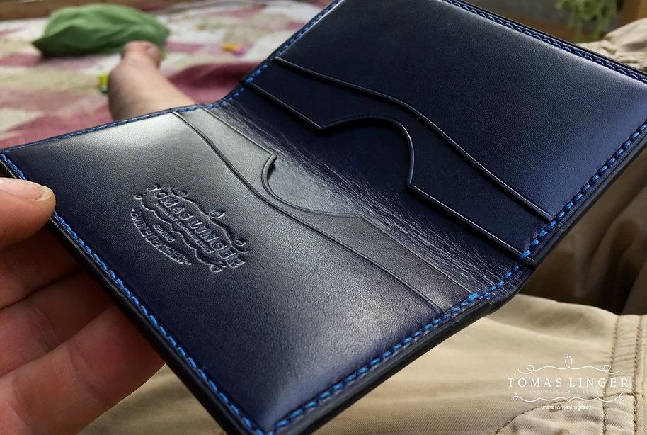 malé pouzdro pro karty a vizitky bankovky z kůže
