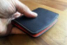 zavírací peněženka z usně