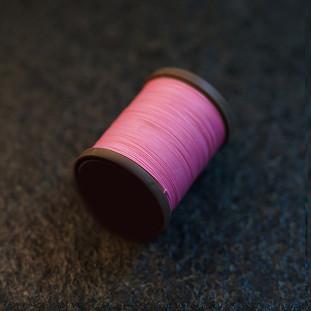 Royal Pink - barva ručního šití na pouzdra pro telefon