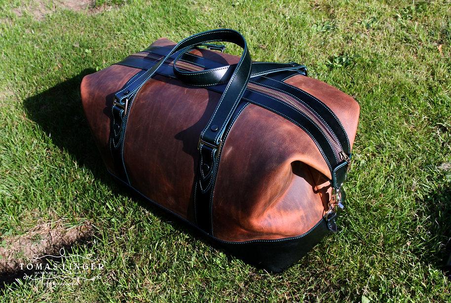 cestovní taška z pravé kůže ručně ušitá a vyrobená na zakázku