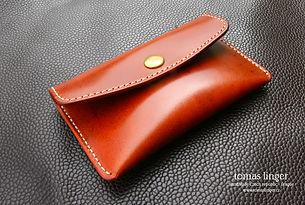 Malá peněženka prodrobnémince a bankovky