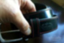 černý opasek z pravé kůže bridle