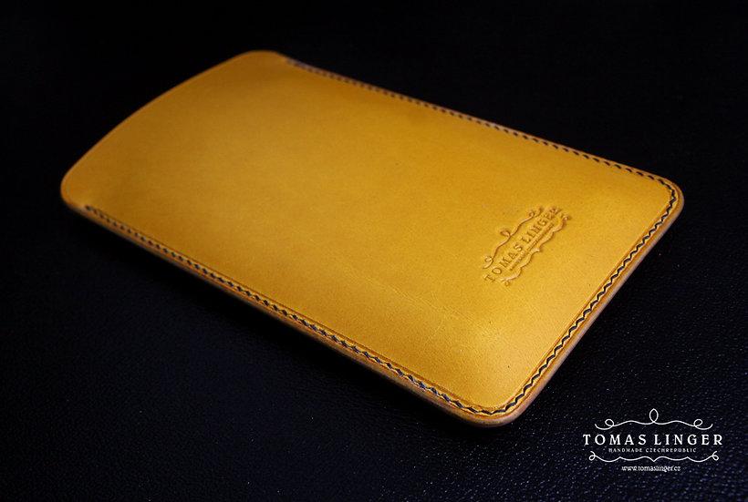 zlute pouzdro pro iphone z kůže