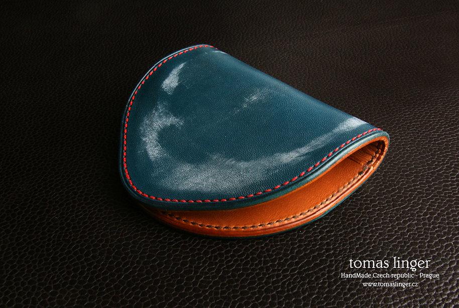 tenká peněženka z kůže pro drobné a bankovky