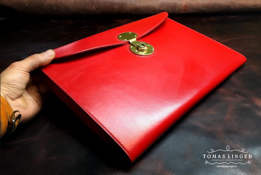portfolio aktovka z kůže vyrobená ručně na zakázku