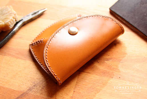 penezenka-na-drobne-karty-mince-kuze-ruc