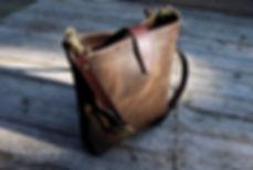 taska pres rameno z prave kuze rucne vyrobena na zakazku