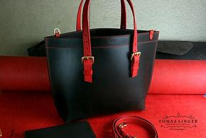 hnědo črvená kabelka ručně vyrobená