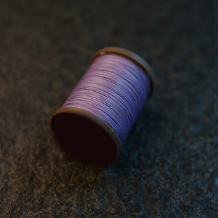 Royal Purple - barva ručního šití na pouzdra pro telefon