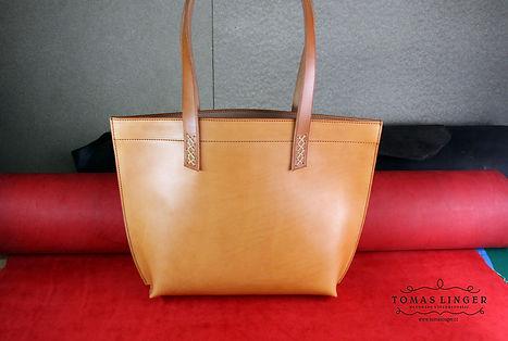 kabelka z pravé kůže. elegantní dárek ručně vyrobená.