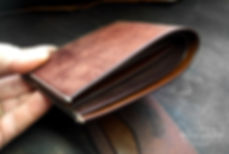 malá tenká peněženka z kůže