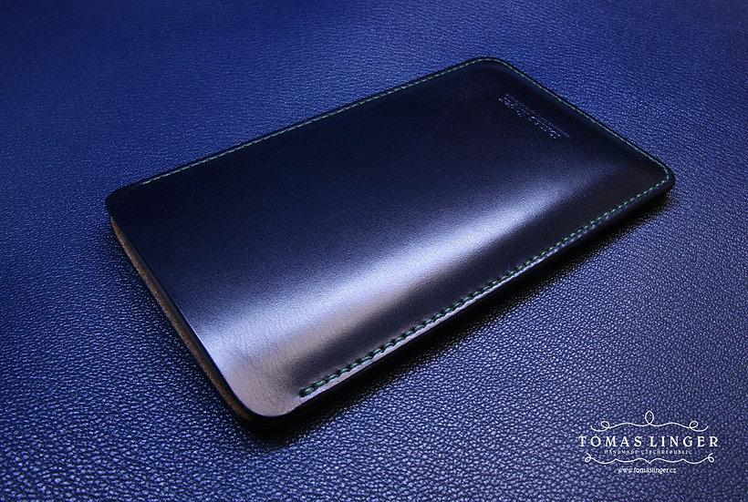 modré pouzdro pro mobilní telefon z pravé kůže