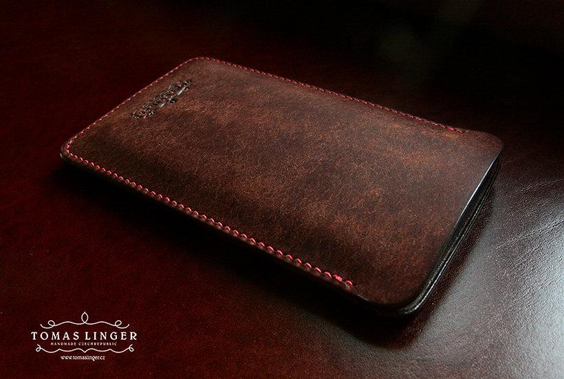obal pro apple iphone z hnědé kůže ručně vyrobený