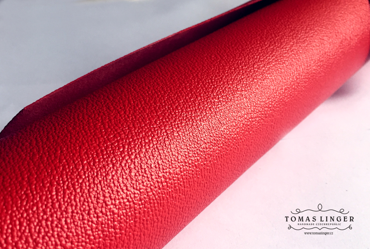 material-fr-red